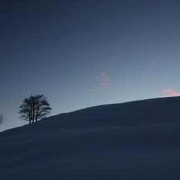 immagine montagna all'alba