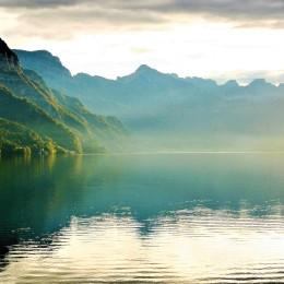 lake-2816802_1920